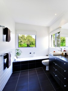 bathroom-modern-tiled